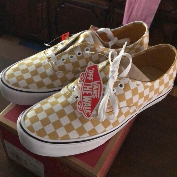 c1f28c9188d697 Vans authentic lite canvas sneakers NEW